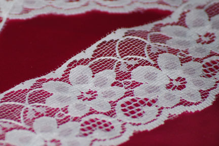 "2"" White Lace"