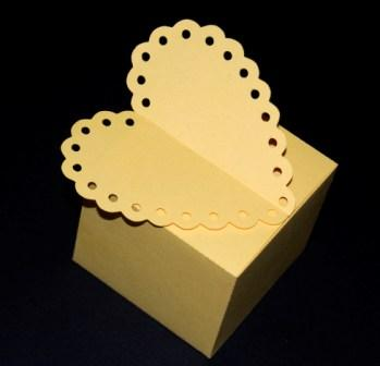 Scalloped Heart Box